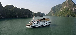 2 Days Exploring Bai Tu Long Bay with Paloma Cruise