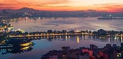 Short break Hanoi - Halong with one night on cruise