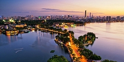 4 Days Hanoi Halong Bay Stopover