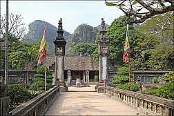 Full day to Hoa Lu and Trang An