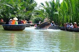 Experience local life in Hoi An