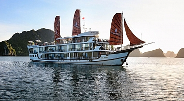 Off-the-beaten-path with Perla Dawn Sails