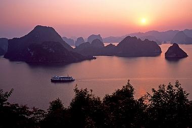 Amazing Vietnam Cambodia Cruise