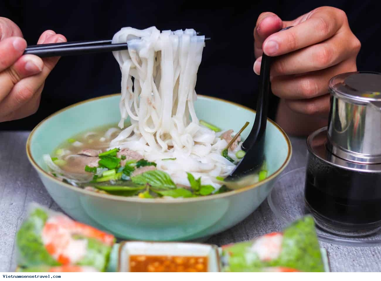 3 Noodle Dishes Made From Rice That Be Famous In Vietnam - Ảnh 1