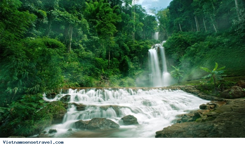 Two Vietnam Waterfalls Among Worlds Most Beautiful - Ảnh 2